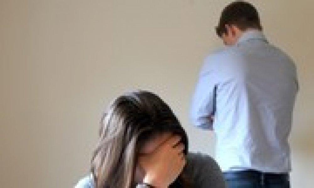 Vợ phó chánh án níu kéo người chồng không chung thủy